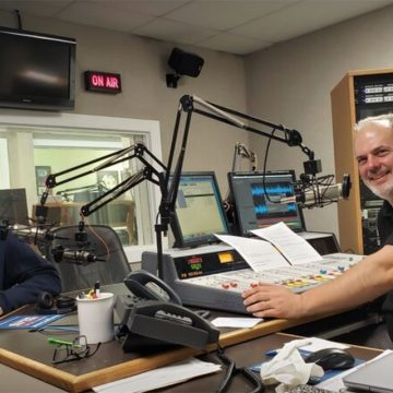 Tim DeMoss and Jim Spaulding in DeMoss's studio